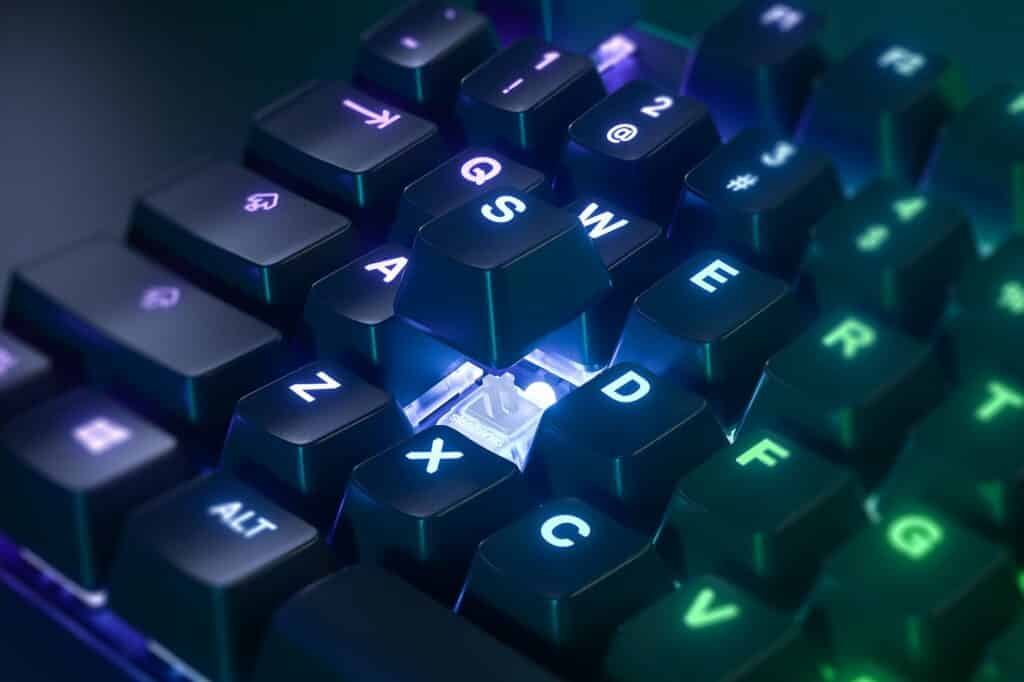 Apex pro tkl keyboard omnipoint switch